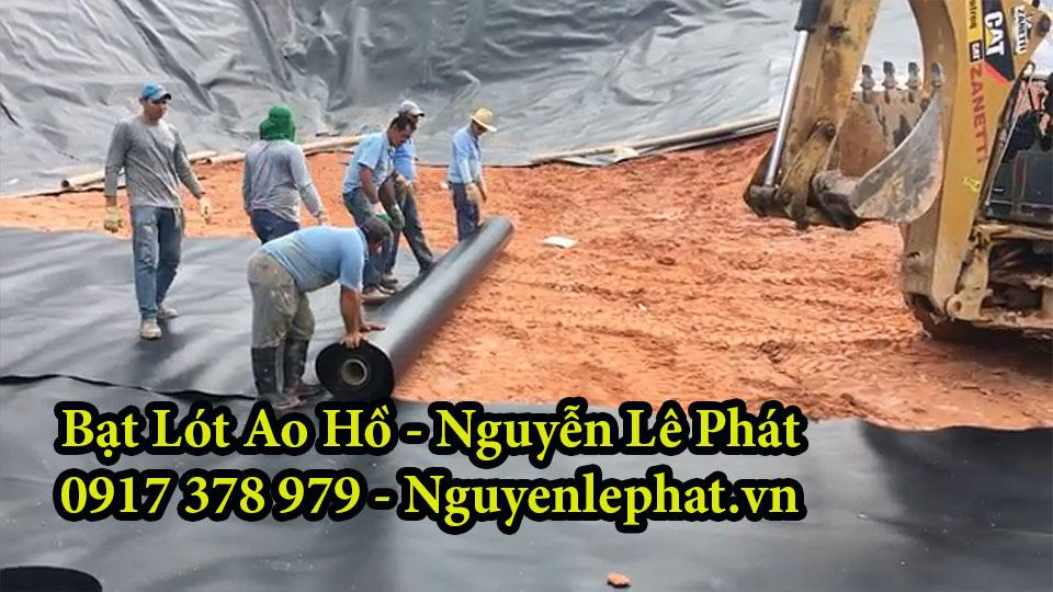 Thi công lót bạt ao hồ chứa nước tại Tân Uyên